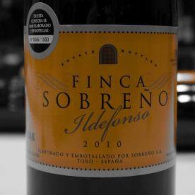TOP 8 Finca Sobreño Ildefonso 93.75 puntos TOP 10 Mejores Vinos Revelacion 2016 © akataVino