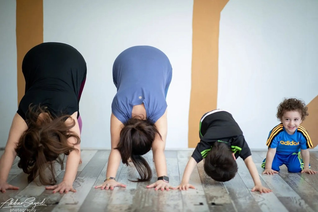 Family Yoga Portraits at Five Peaks Yoga 11