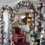 Üçlü Çiçekli Kapı Kemeri