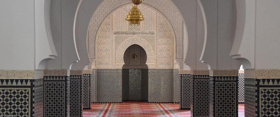 دعاء دخول المسجد والخروج منه كما ورد عن الرسول صل الله عليه
