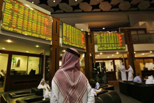 البورصة السعودية تتراجع مع الإعلان عن إجراءات تقشفية لمواجهة كورونا