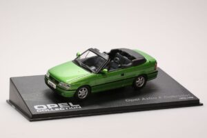 Opel Astra F cabriolet 1/43