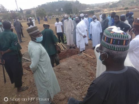 See How Abba Kyari Was Buried Without Ceremony At Gudu, Abuja – Photos Of Burial Rites