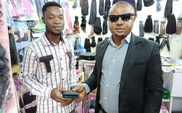 This Nigerian Man is So lucky for getting back his lost wallet containing Important Documents | See Details