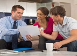 Financial Advisor Roles in Preventing Financial Crisis