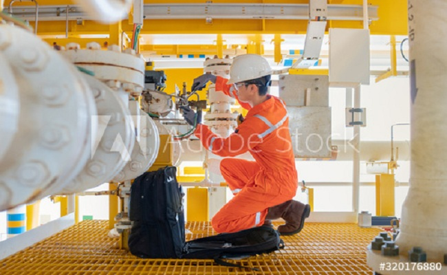 9 Best Advice to Secure Oil Rig Jobs & Warnings