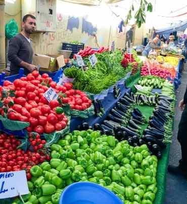 Balat Carsisi - local Turkish market - A kitchen in Istanbul