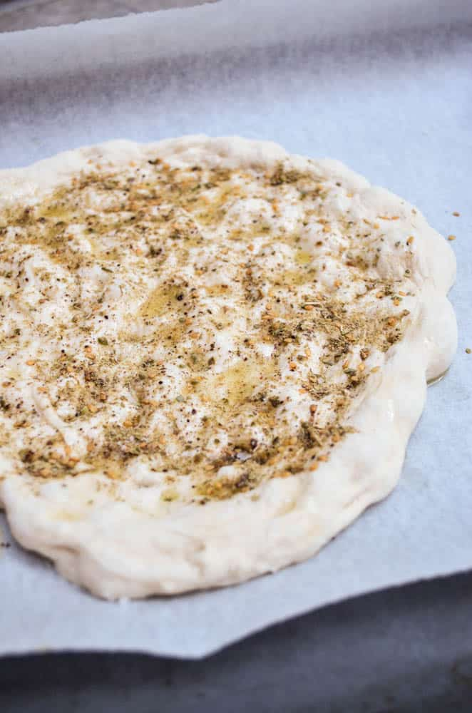 Making of Turkish flatbread with za'atar - recipe - A kitchen in Istanbul