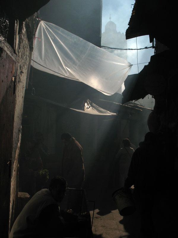Fas'ta hava artık çok sıcak değil, geceler de katlanılmaz soğuklukta değil. Sırt çantasıyla gitmek için verimli zamanlar