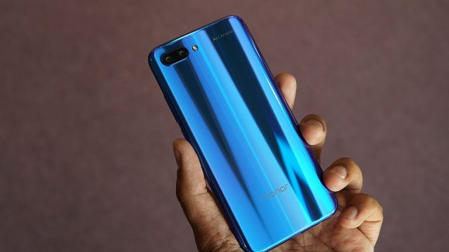 Honor 10 Lite With Dewdrop Display