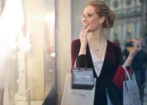zena na nakupoch