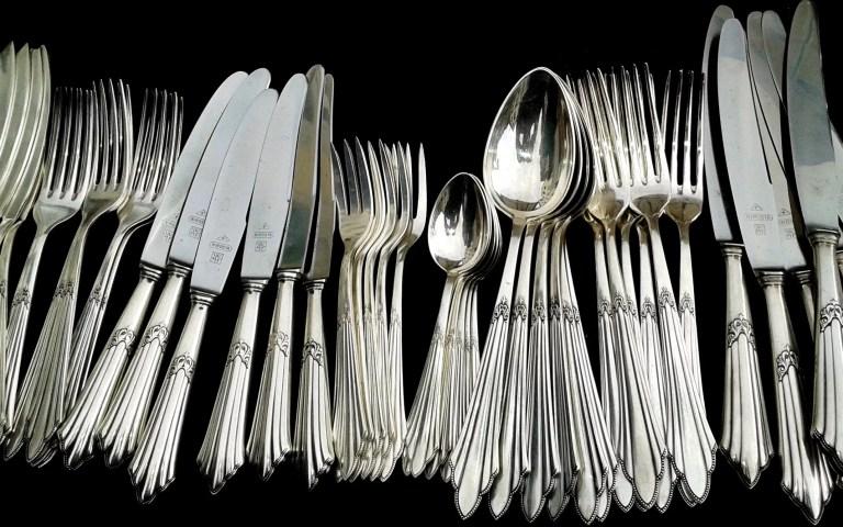 cutlery, silverware, knives