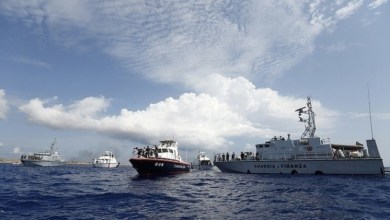Photo of خفر السواحل الإيطالي ينقذ أكثر من ألفي لاجئ في المتوسط خلال يومين