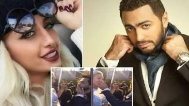 صورة قبلة تامر حسني لعارضة أزياء سعودية تطغى على أهم إنجاز فني له في هوليوود ! ( فيديو )