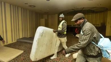 Photo of بلجيكا : مهاجرون رفضت طلبات لجوئهم يحتلون فندقاً وسط بروكسل