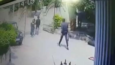 Photo of بداعي الشرف .. هندي يذبح رجلاً أمام زوجته ( فيديو )