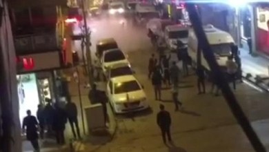 "Photo of اسطنبول : استخدمت فيها "" سكاكين الشاورما "" .. مشاجرة بين سوريين تحول شارعاً إلى "" ساحة حرب "" ! ( فيديو )"