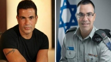Photo of عمرو دياب يتلقى معايدة من المتحدث باسم الجيش الإسرائيلي ! ( فيديو )