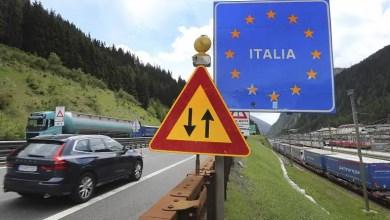 Photo of يورونيوز: أنت عربي وتريد السفر إلى الاتحاد الأوروبي ؟ إليك قائمة المسموح لهم بالدخول