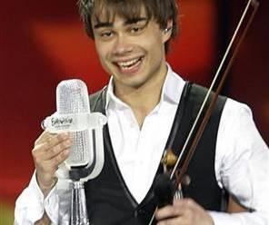 54. Eurovision Yarışması Birincisi Norveçli Alexanderin Şarkısı