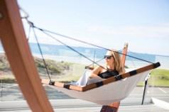 Lujo-hammock-lifestyle2-600x400
