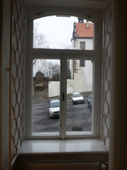 Repase oken, nátěr mříží