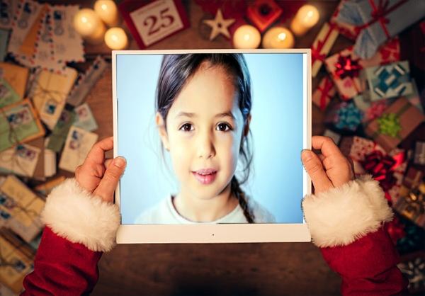 صورتك مع بابا نويل فريم للصور أكتب اسمك على الصور