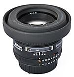 Nikkor 50 mm (f1,4) mit Gegenlichtblende