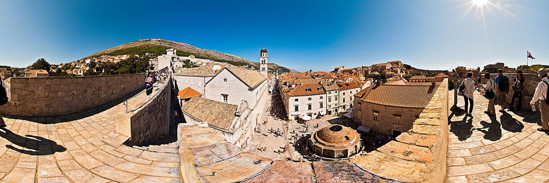 360°-Panorama von der Stadtmauer in Dubrovnik