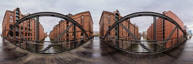 360°-Panorama auf der Brücke über das Brooksfleet in der Speicherstadt