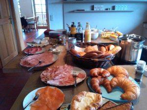Miteinander frühstücken - so is(s)t keiner allein @ HoT