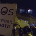 "Protest impresionant la Sibiu. Numar record de manifestanti: ""Codruta, ia-o pe Olguta!"" – Video"