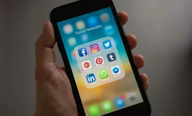 bisnis mahasiswa dengan modal keci jasa perbaikan smartphone