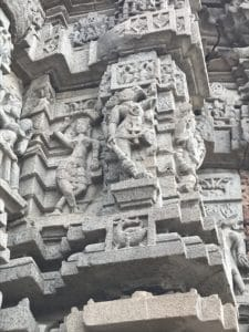 Hindu statues in Lonar temple