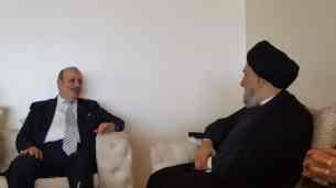 السيد علي الأمين - المؤتمر الدولي الزكاة والتنية الشاملة - مملكة البحرين (68) (Phone)