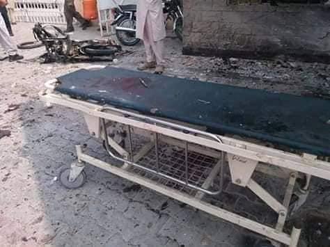 ڈیرہ اسماعیل خان میں فائرنگ کے بعد خودکش دھماکہ 6افراد جان بحق متعدد زخمی