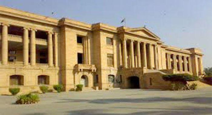 کراچی : ماسک کی عدم دستیابی کیخلاف کیس، وفاقی حکومت، کمشنر کراچی کو نوٹس