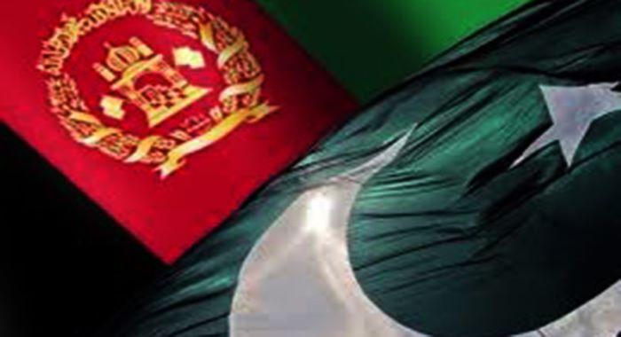 جنرل قمر جاوید باجوہ نے افغانستان کے دورے پر صدر اشرف غنی اور عبداللہ عبدللہ سے ملاقات کی