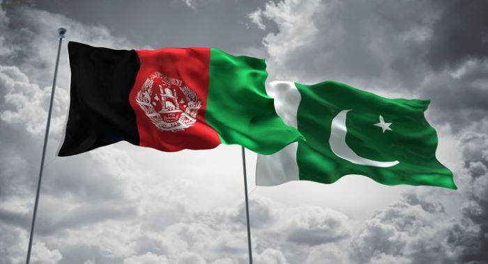 عمران خان کا افغان قومی مفاہمتی کونسل کے سربراہ عبد اللہ عبد اللہ کو ٹیلیفون