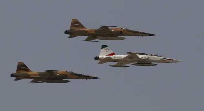 ایران :لڑاکا جیٹ طیارہ  گر کر تباہ