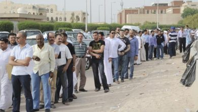 Photo of كاتب كويتي: العمالة المصرية ستختفي من دول الخليج لهذا السبب