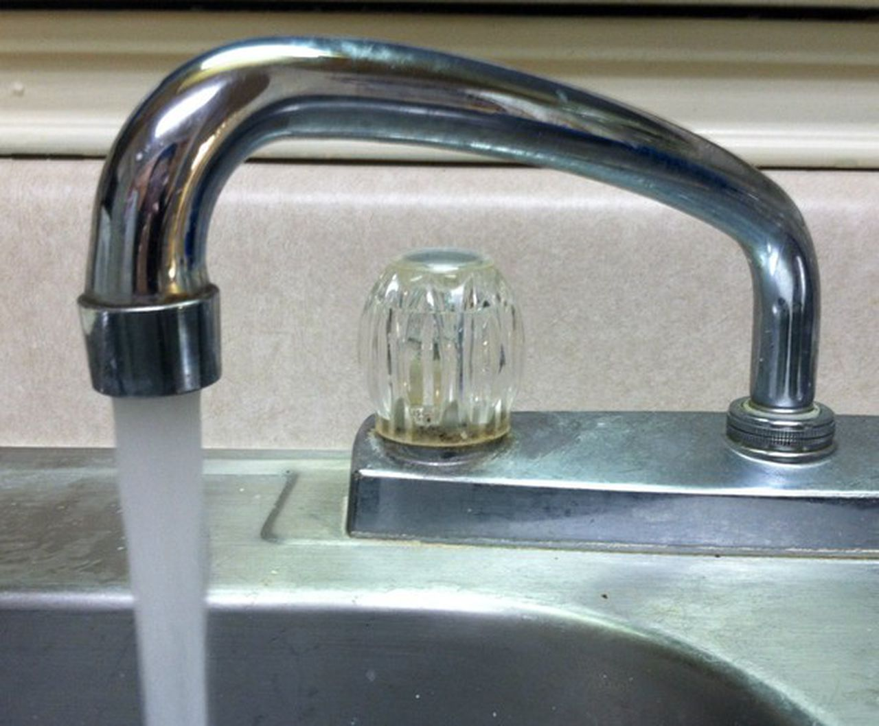many faucets should you leave dripping