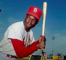 Hall of Fame Outfielder Lou Brock Dies at 81