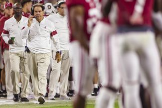 Latest Sports News: Alabama Football vs. Arkansas, Oct. 26, 2019