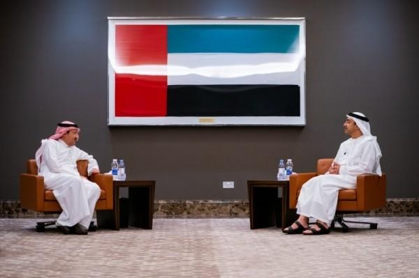 نائب وزير الخارجية السعودي يزور الإمارات ويلتقي الشيخ عبد الله