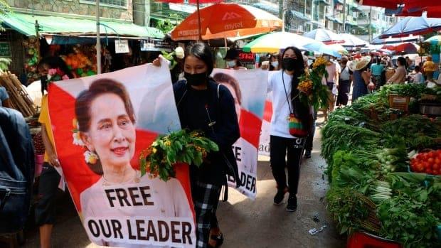 مقتل 11 متظاهرا في ميانمار وسط اشتباكات مع قوات الأمن