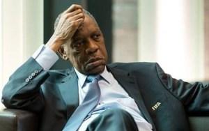 عيسى حياتو يطعن في شرعية الرئيس الجديد  للاتحاد الإفريقي لكرة القدم (الكاف)  ويتحدث عن رشاوى لاستمالة المصوتين