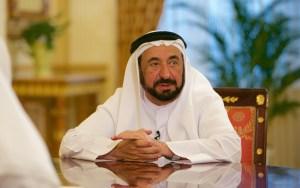 حاكم الشارقة، سلطان بن محمد القاسمي، يعتذر للجزائريين