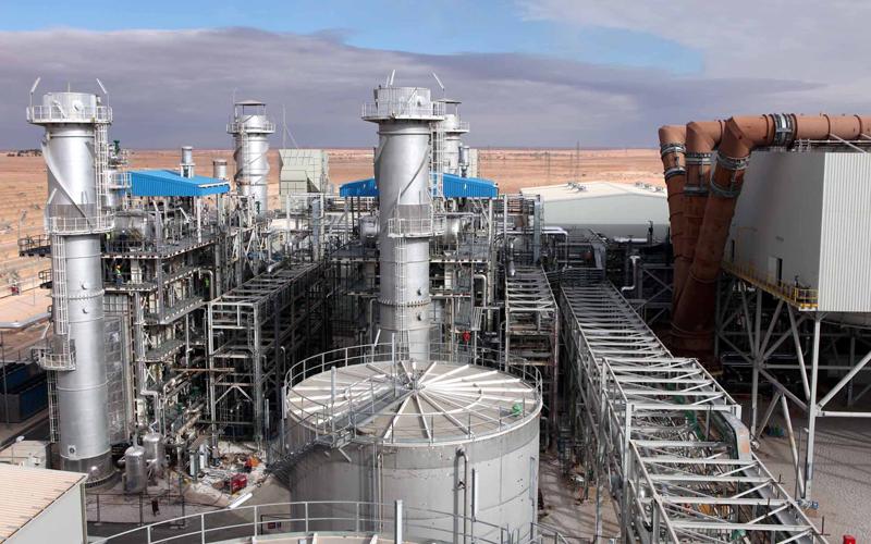 قرار إيطالي بوقف استيراد الغاز الجزائري يزيد من المتاعب الاقتصادية الجارة الشرقية