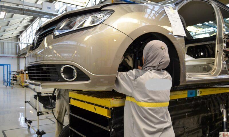 صناعة السيارات. قوة استثمارية بالمغرب.. والفساد ينخر القطاع ويغلق المصانع في الجزائر
